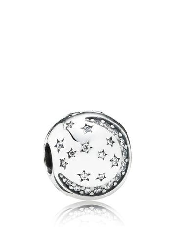 UK Seller NEW Beautiful Silver Tone Star Earrings