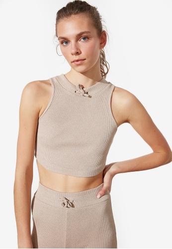 Trendyol beige Cropped Sports Knit Top E4CA9AADF843FCGS_1