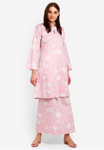Butik Sireh Pinang pink and multi Nadeera Kurung Pahang A70B7AA8D3BD84GS_1