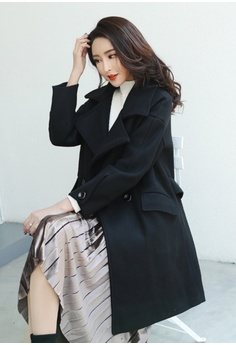 70% OFF Seoul in Love Yuun-A Coat S$ 199.90 NOW S$ 59.90 Available in several sizes