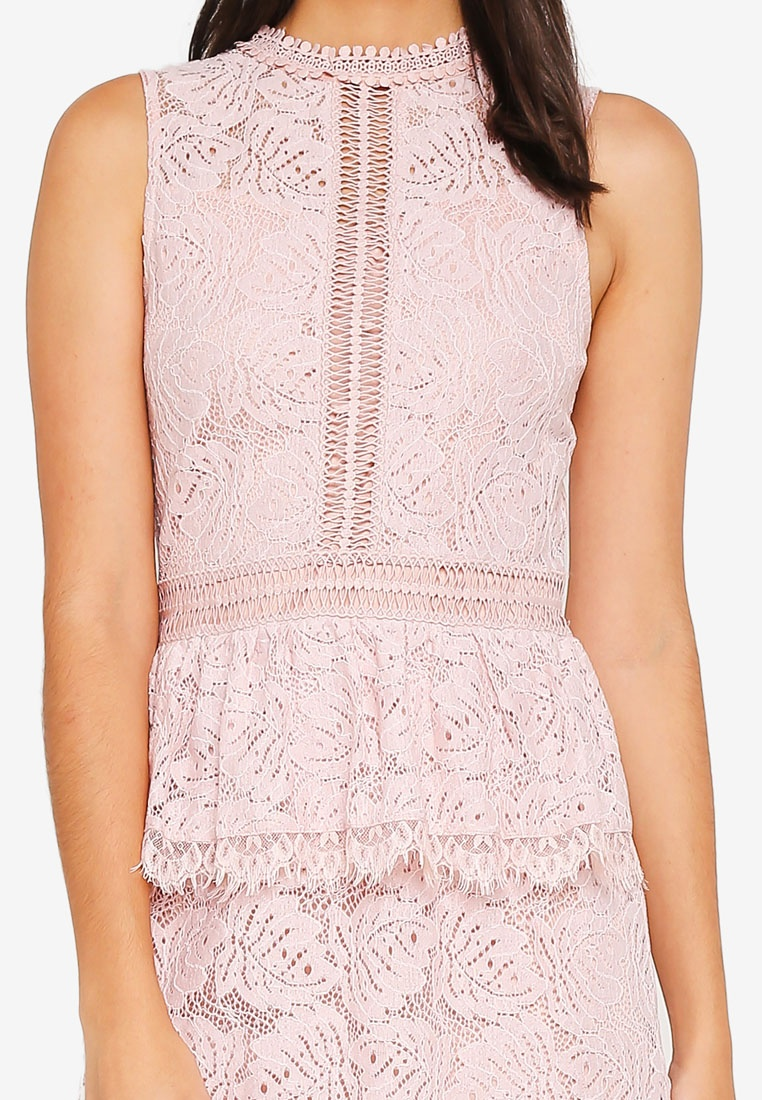 Bridesmaid Peplum Blush Lace Dress ZALORA ZZRrwH