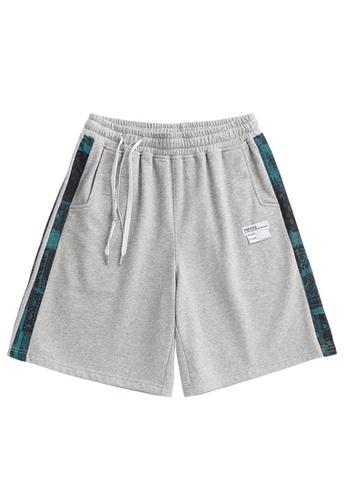 Twenty Eight Shoes Loose Stripe Sports Shorts 3775S21 392ACAA009C969GS_1
