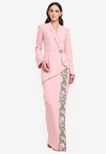 Maui Set Modern Baju Kebaya from Jovian Mandagie for Zalora in Pink