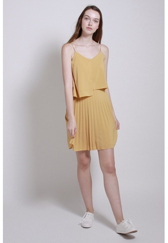 QLOTHE yellow Rapture: Gwyneth Pleated Cami Dress 012FDAA3687332GS_1