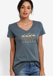 Patagonia green Femme Fitz Roy Cotton V-Neck T-Shirt PA549AA70XBLMY_1