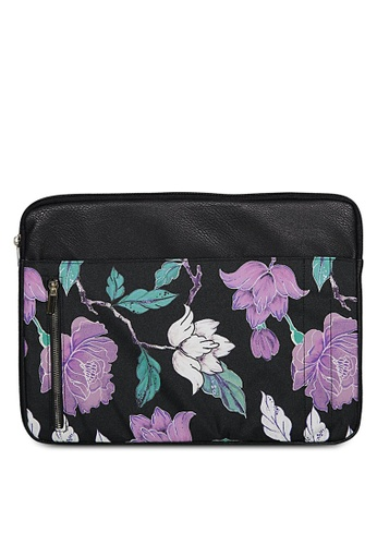 Typo multi Take Charge 15 Inch Laptop Cover CC33AACCB50BDDGS_1