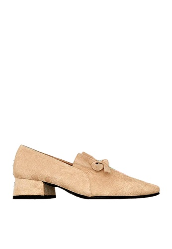 Twenty Eight Shoes 米褐色 褶邊蝴蝶中跟鞋 VL56813 00C15SHF2569F9GS_1