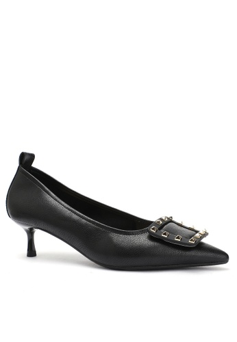 Twenty Eight Shoes Square Buckle Synthetic Leather Round Toe Pumps 2045-19 D1332SHF4823C8GS_1