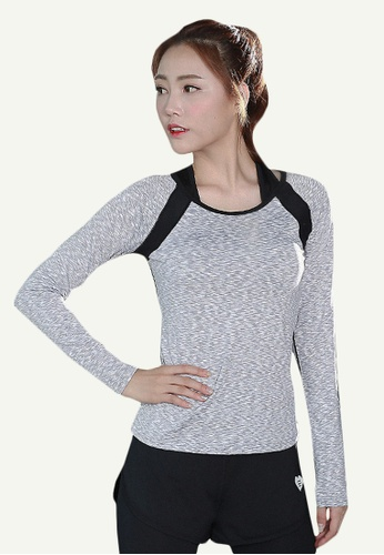 B-Code grey ZYG5133-Lady Quick Drying Running Fitness Yoga Sports Top and Leggings with Shorts-Grey 372A5AAF8C1BD3GS_1
