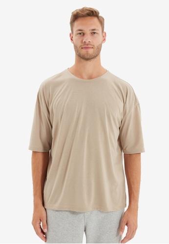 Trendyol beige Oversized Short Sleeves T-Shirt 1FFC5AAB4EBC55GS_1