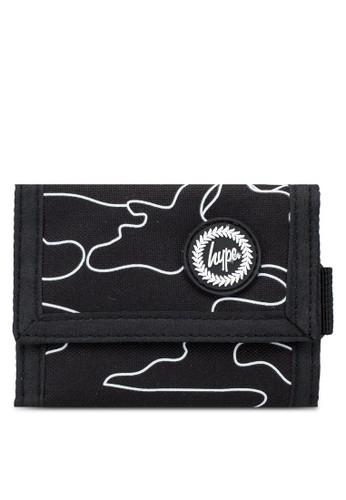 Just Hype black Outline Camo Trifold Wallet 1CCBCACD2E3A86GS_1