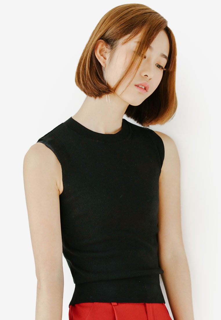 Basic Knitted Blouse in Black