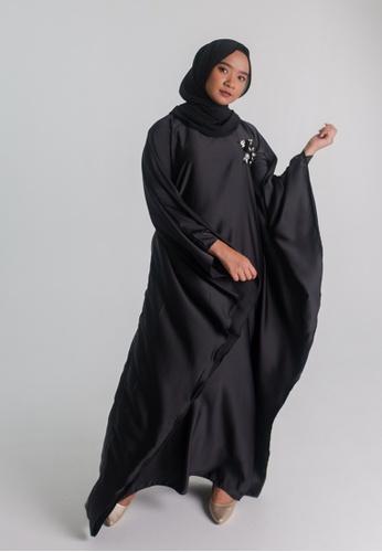 Zaryluq black Kaftan in Black 2A261AA66D5779GS_1