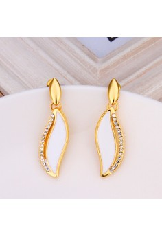 Treasure by B&D E775 Elegant Oval Leaf Shape Plated Dangle Earrings