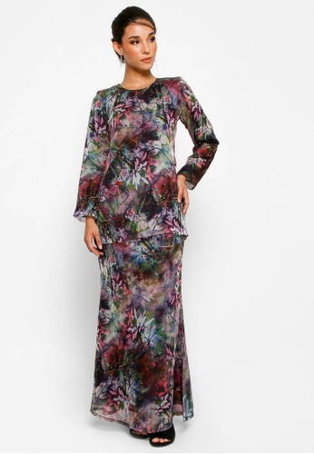 Kurung Basic D-24 from BETTY HARDY in Green and Purple and Multi