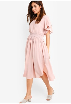 387ac0fa0b28 60% OFF ZALORA Ruffle Midi Dress S  46.90 NOW S  18.90 Sizes XS M