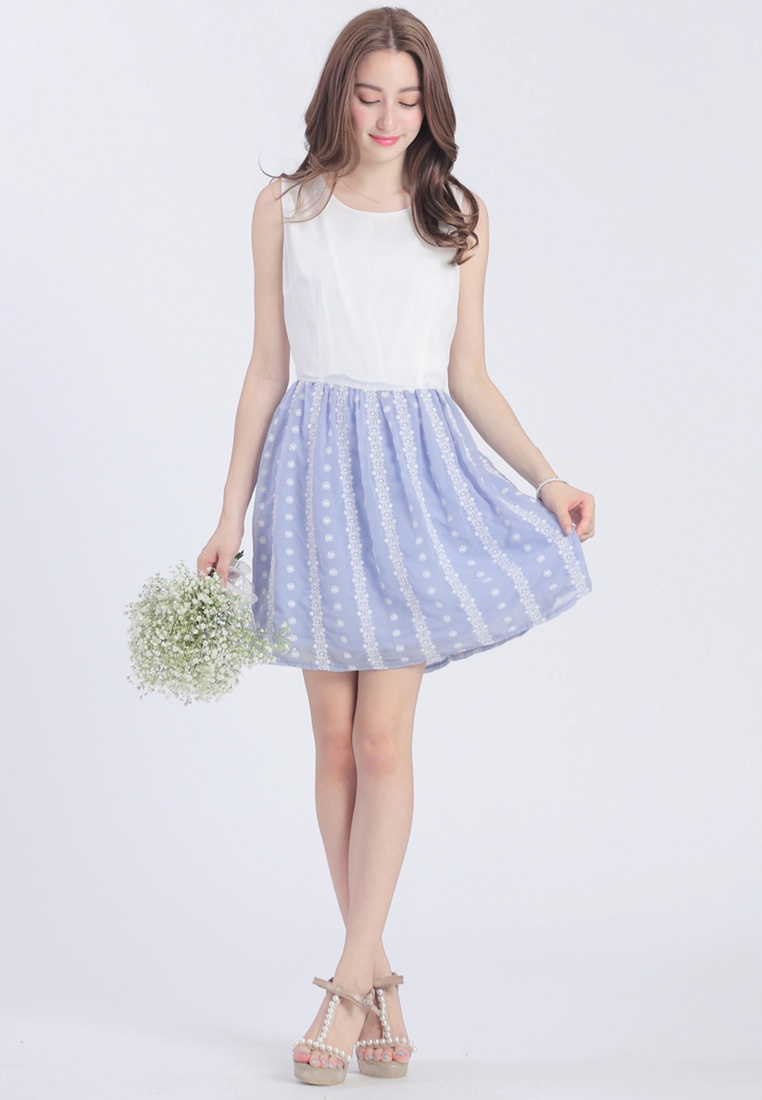 with Blue Embroidered Skirt YOCO Dress dZxIFqwI