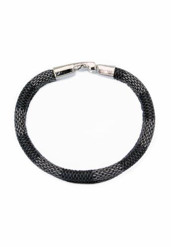 Elfi grey Elfi Stainless Steel Twist Lock Clasp Leather Bracelet LB11 1BF6BAC47AB096GS_1