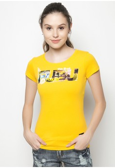 Girls Roundneck T-shirt