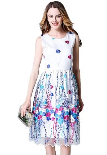Urban Outlier white Pleated Sleeveless Dress EB9D0AAFA142B3GS_1