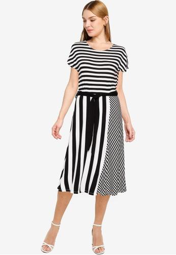 LC Waikiki black Belted Striped Viscose Flared Dress 86D4CAA3A24239GS_1