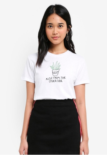TOPSHOP white Petite Aloe Embroidered T-Shirt 6B727AAF141F22GS_1
