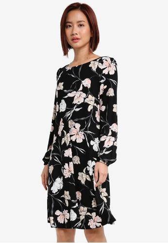 Wallis black Black Floral Print Shift Dress F2B7FAA0F708B1GS_1