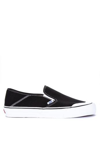 VANS black Slip-On SF Sneakers 1DDDDSHA62355FGS_1