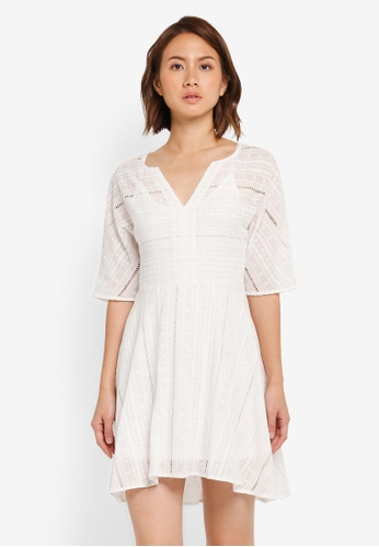ZALORA white Wide Sleeve Fit & Flare Dress 51BFEAAA5C917DGS_1