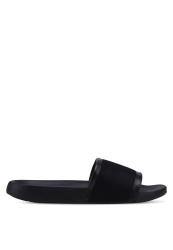 Call It Spring black Johen Beach Sandals F026BSH6C8C686GS_1