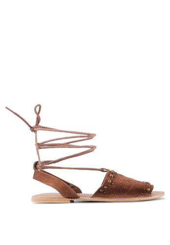 TOPSHOP brown Hope Studded Sandals TO412SH0SZ7CMY_1