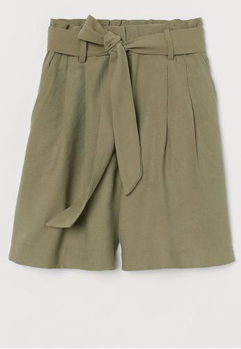 H&M green Tie-belt shorts 66FDAAA4C92502GS_1
