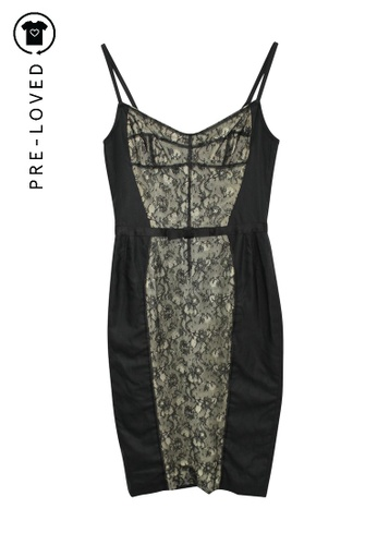 D&G black Pre-Loved d&g Black Fitted Dress with Lace Panel 49EDEAABBF9299GS_1