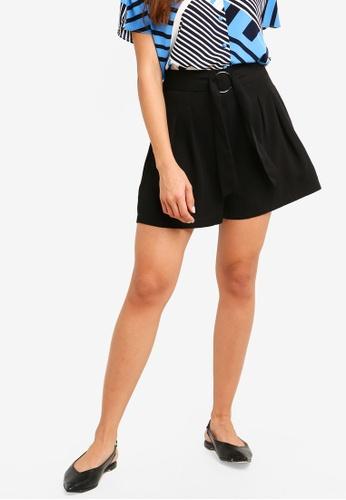 ZALORA black Relaxed Shorts DD029AACA48822GS_1