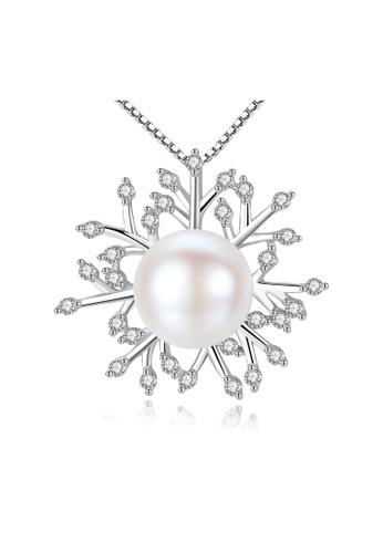 SUNRAIS silver High-grade colored stone silver snowflake necklace 7C1FFACF79DED8GS_1