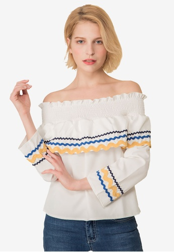 Kodz white Tribal Off-Shoulder Top 160D9AAC66EF1BGS_1