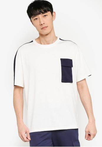 ZALORA BASICS white and navy Oversized Colorblock Utility T-Shirt 5DC45AAA689573GS_1