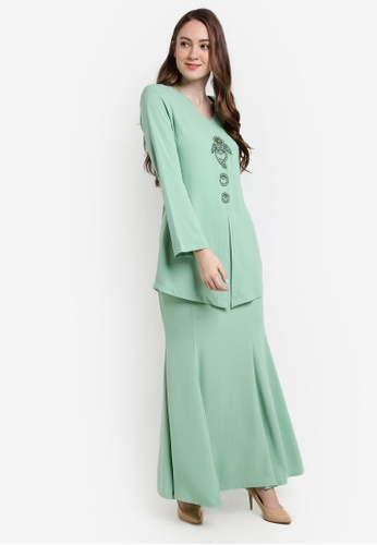 Butik Sireh Pinang green Bella Donna Kebaya Moden BU003AA82SEZMY_1