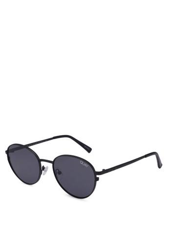 Quay Australia black Crazy Love Sunglasses B15C6GL31E050DGS 1 fa632235e8