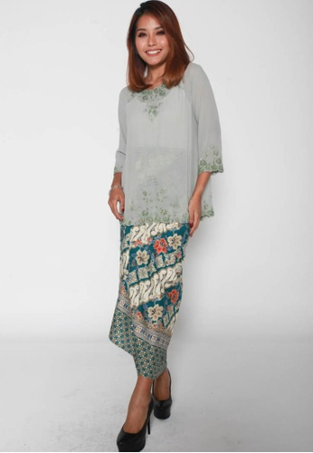 Naphthys Collection white and red and green and multi Batik Skirt/Sarong 42F1BAA414A745GS_1