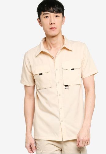 ZALORA BASICS beige Rugged Utility Short Sleeve Shirt 048B3AACA2E98EGS_1