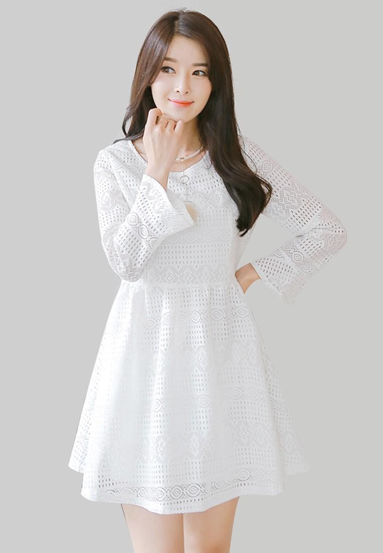 Dreamy Princess Lace Dress