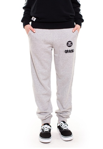 Reoparudo grey RPD Cross Space Reflective Print Sweat Pants (Grey) RE413AA0GDM3SG_1