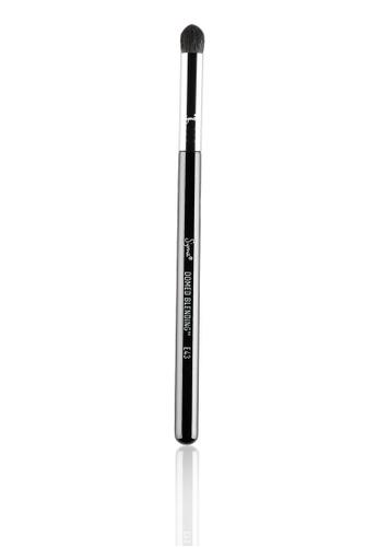 Sigma Beauty E43 Domed Blending Brush SI287BE70ELXMY_1