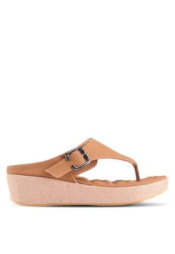 Spiffy brown Daily Casual Comfort Slip-On Platform Sandals 141CASH85FE982GS_1