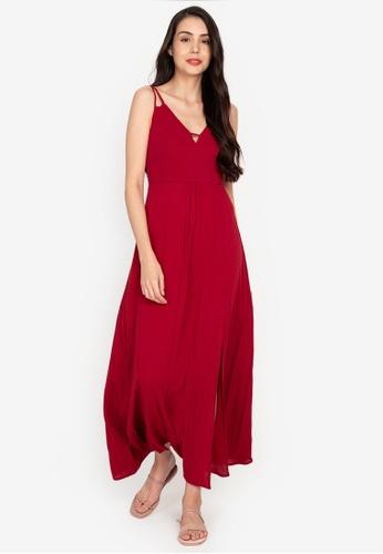 ZALORA BASICS 紅色 Deep V Maxi Dress with Slit 5A9B4AA457326FGS_1