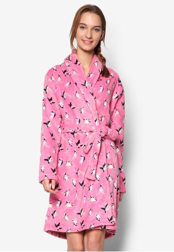 esprit 台北Fluffy Robe, 服飾, 服飾