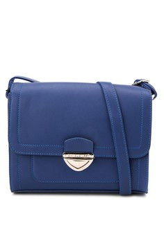 Shoulder Bag D3484