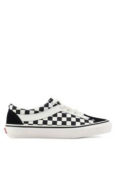 e8ca69a4d VANS black and white Bold Ni Checkerboard Sneakers 0FC99SH9204680GS 1