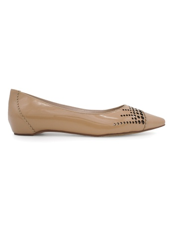 Gripz beige Celest Pointed Cap Toe Perforated Patent Leather Flats GR357SH85DQGSG_1